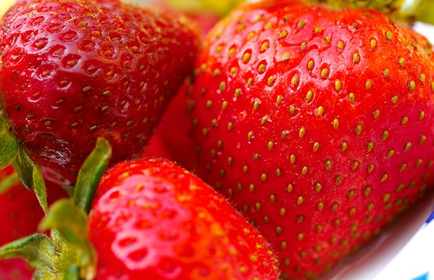 Strawberries: Pickin' & Grinnin' and Deliverin' Babies